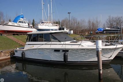 Trojan F32 hard top cruiser for sale in United States of America for $21,000 (£15,990)