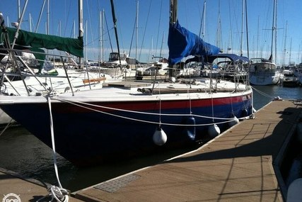 Ericson Yachts 39 for sale in United States of America for $15,000 (£11,155)