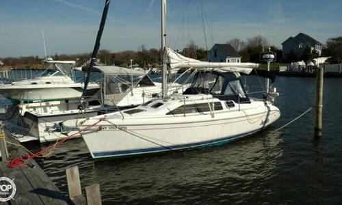 Image of Hunter 280 for sale in United States of America for $14,000 (£10,619) Copiaque, New York, United States of America