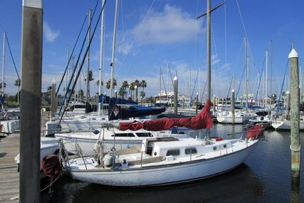 Whitby Boat Works Alberg 30 for sale in United States of America for $12,900 (£10,103)