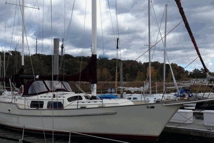 Irwin Yachts 46 World Cruiser for sale in United States of America for $80,910 (£58,750)
