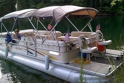 Lifetime Fisher 240 DLX Pontoon for sale in United States of America for $18,500 (£13,235)