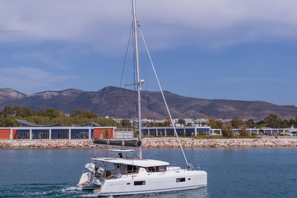 Lagoon 42 for charter in Greece from €3,700 / week
