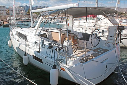 Beneteau Oceanis 41.1 (2 Heads) for sale in Spain for £300,000