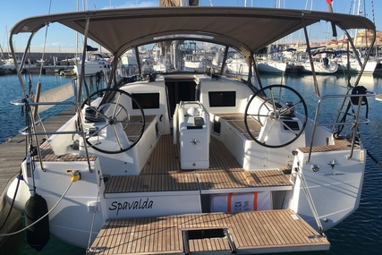Jeanneau Sun Odyssey 410 for charter in Italy from €2,300 / week