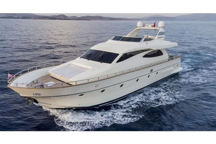Canados 72 for charter in Italy from €20,500 / week