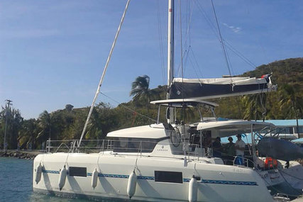Lagoon 42 for charter in Guadaloupe from €3,500 / week
