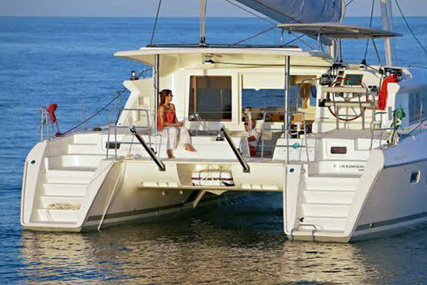 Lagoon 421 for charter in Portugal from €5,500 / week