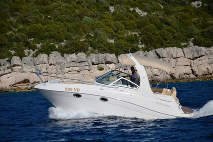 Four Winns 278 Vista White for charter in Croatia from P.O.A.