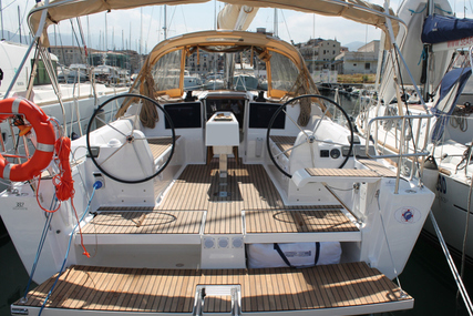 Dufour Yachts Dufour 382 for charter in Italy from €1,900 / week