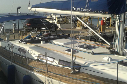 Dufour Yachts 425 GL for sale in Italy for £110,000