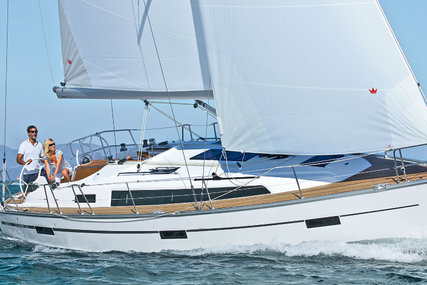 Bavaria Yachts Cruiser 37 for charter in Sweden from €2,000 / week