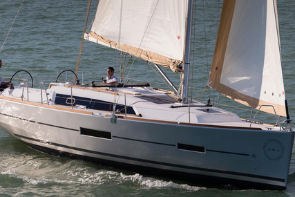 Dufour Yachts 382 for charter in Greece from €1,114 / week