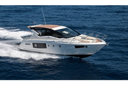 Cranchi Cranchi M44 HT for charter in Croatia from €5,300 / week