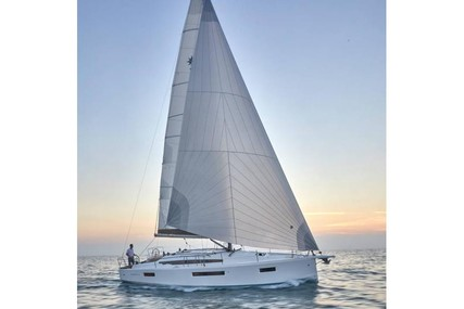 Jeanneau Sun Odyssey 410 for charter in Greece from €1,600 / week