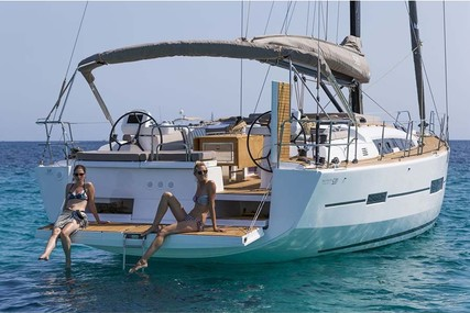 Dufour Yachts 520 Grand Large for charter in Italy from €4,500 / week