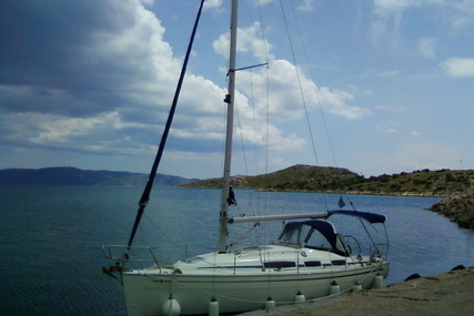 Bavaria Yachts 31 for sale in Greece for £37,500