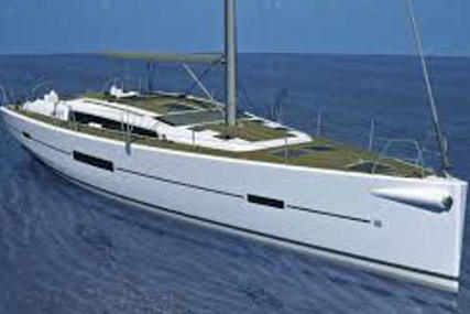 Dufour Yachts Dufour 500 GL for charter in Italy from €5,900 / week