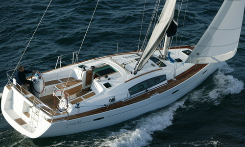 Image of Beneteau Oceanis 40 for sale in Italy for £90,000 Italy