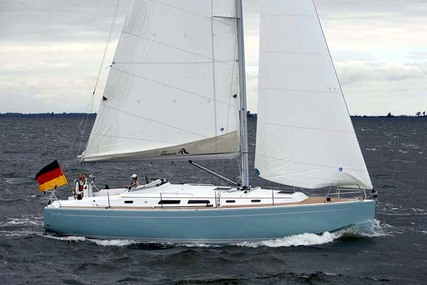 Hanse 400 for charter in Canada from €2,816 / week