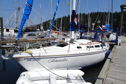 Catalina Catalina 30 for charter in Canada from €1,579 / week