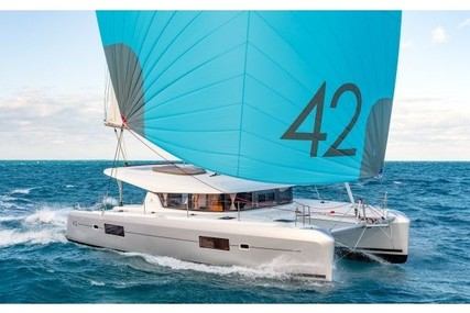 Lagoon 42 for charter in Canada from €4,225 / week