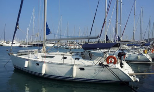 Image of Jeanneau Sun Odyssey 42.2 for sale in Greece for £60,000 Greece