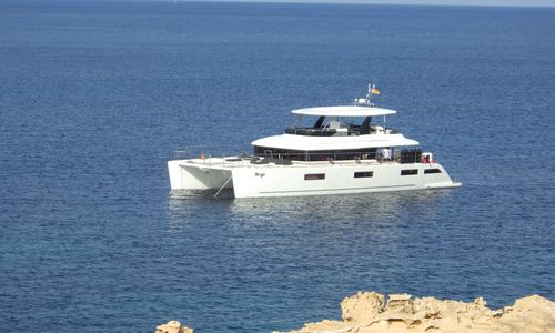 Image of Lagoon 630 Power for charter in Croatia from €29,000 / week Marina Mandalina, Croatia