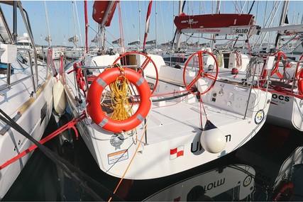 Elan 350 for charter in Croatia from €1,290 / week