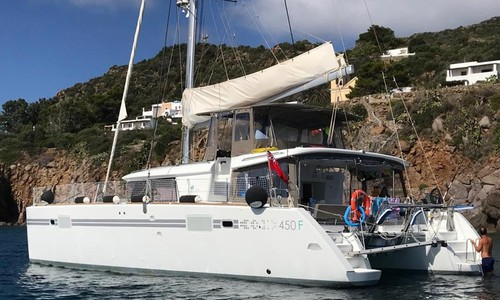 Image of Lagoon 450 for sale in  for €390,000 (£323,754) Palermo,