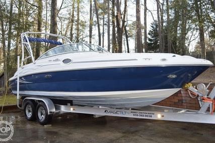 Sea Ray 240 Sundeck for sale in United States of America for $27,800 (£21,183)