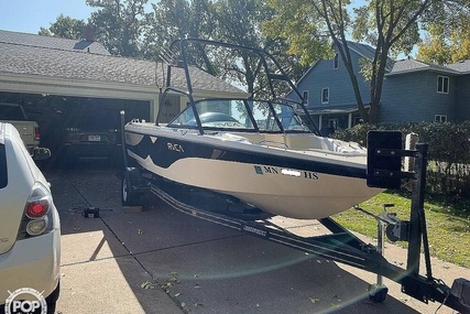 Correct Craft Super Air Nautique 210 for sale in United States of America for $27,800 (£21,459)