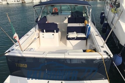 Tiara 2900 Coronet for sale in Italy for €120,000 (£101,364)