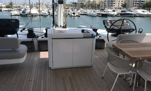 Image of Lagoon Seventy 7 for sale in France for €4,100,000 (£3,693,095) France