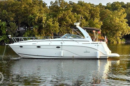 Rinker 390 Express Cruiser for sale in United States of America for $113,000 (£86,273)