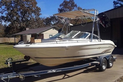 Sea Ray 210 Signature Select for sale in United States of America for $14,000 (£11,240)
