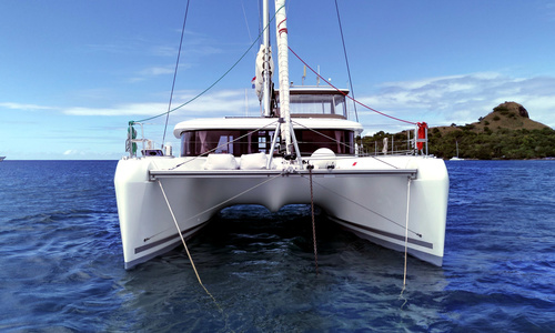Image of Lagoon 42 for sale in Saint Lucia for €435,000 (£363,904) Saint Lucia
