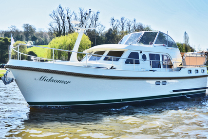 Linssen Grand Sturdy 36.9 AC for charter in United Kingdom from €2,200 / week