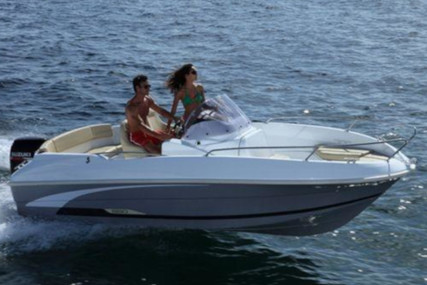 Beneteau FLYER 550 for charter in Croatia from P.O.A.