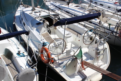 Beneteau Cyclades 39.3 for sale in Italy for £90,000