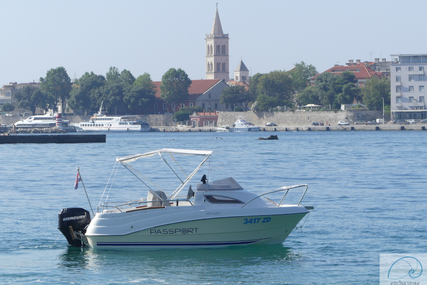 Quicksilver Passport 430 cabin for charter in Croatia from €500 / week