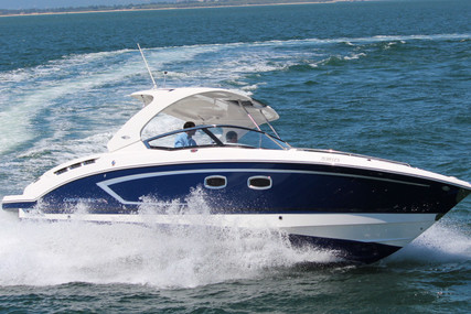 Chaparral 327 SSX for charter in Portugal from €3,672 / week