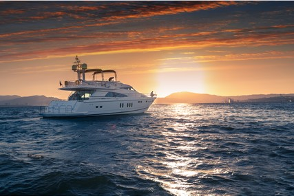 Fairline Squadron 74 for charter in Portugal from €20,120 / week