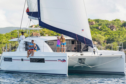 Leopard Moorings 4000/3 for charter in French Polynesia from €4,500 / week