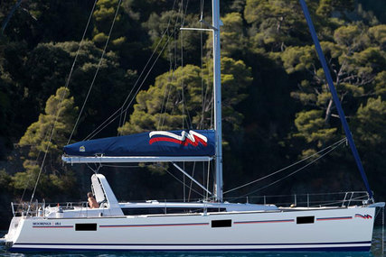Beneteau Moorings 48.4 for charter in St. Martin (French) from €3,209 / week