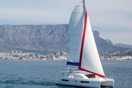 Leopard Sunsail 404 for charter in French Polynesia from €4,549 / week