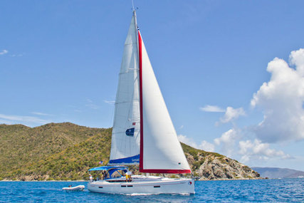 Jeanneau Sunsail 47/3 for charter in Antigua and Barbuda from €2,099 / week