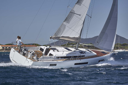 Jeanneau Sunsail 44 SO for charter in French Polynesia from €3,079 / week
