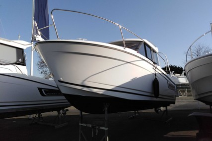Jeanneau Merry Fisher 695 for sale in France for €29,900 (£25,215)