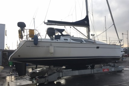 Jeanneau Sun Odyssey 35 Lifting Keel for sale in France for €66,900 (£56,102)